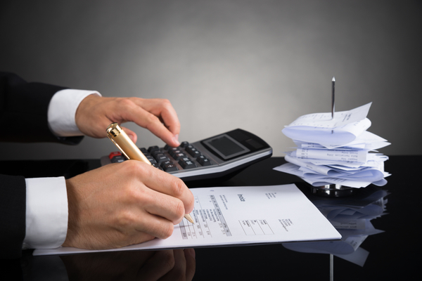 Accountants and bookkeepers – what's the difference?